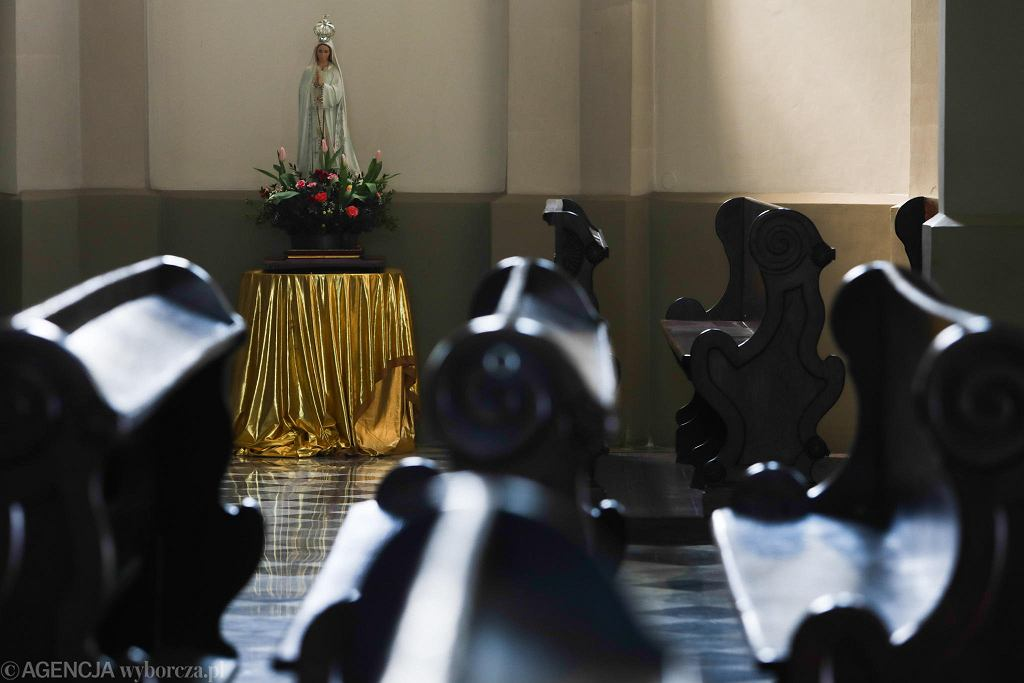 Pandemia koronawirusa. Pusty kościół św. Józefa w Krakowie.