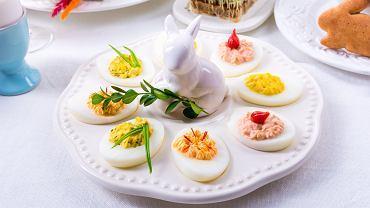 Potrawy wielkanocne - jajka faszerowane na kilka sposobów