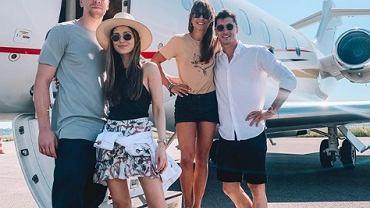 Anna Lewandowska i Marina Łuczenko-Szczęsna poleciały na wakacje prywatnym samolotem