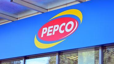 Pepco sprzedaje klapki za 25 zł, które robią furorę. To hit wśród kobiet na lato (zdjęcie ilustracyjne)