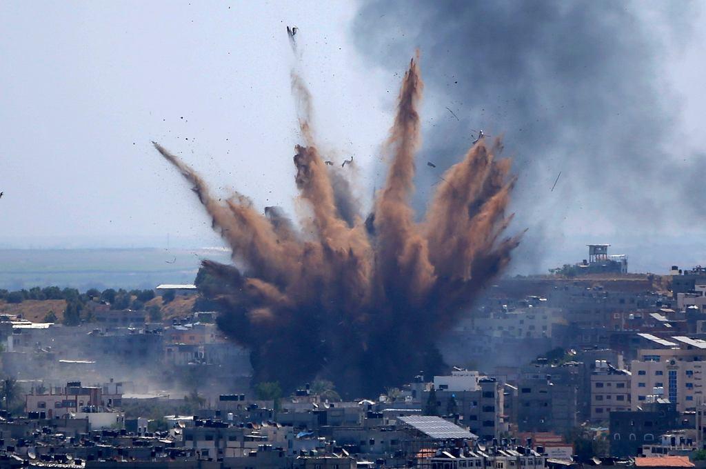 Eksplozja izraelskiej bomby w Strefie Gazy