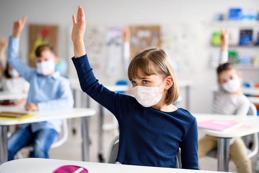 Powrót do szkół. Jeśli zależy nam na tym, żeby dzieci chciały wrócić, nie straszmy ich klasówkami i kontrolami