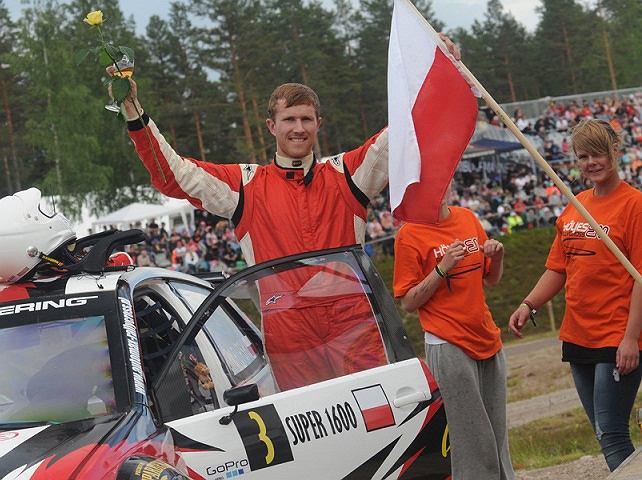 Krzysztof Skorupski w najbliższy weekend zamierza awansować w klasyfikacji Super 1600