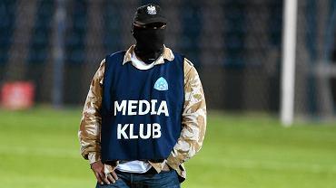 Policjant przebrany za fotoreportera. Ukrywanie policjantów bądź funkcjonariuszy jakichkolwiek służb pod szyldem mediów nie ma żadnego usprawiedliwienia...