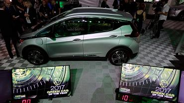 Elektryczny Chevrolet Bolt EV. Zwycięzca nagrody Green Car of the Year 2017
