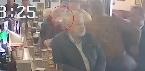 Conor McGregor zaatakował mężczyznę w barze. Do sieci trafiło nagranie [WIDEO]