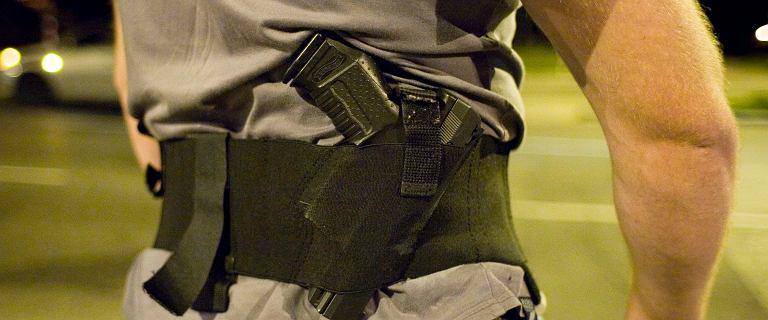 MSWiA chce na kilka dni zakazać noszenia broni