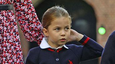 Księżna Kate postanowiła, że księżniczka Charlotte nie wróci do szkoły w czerwcu. Wszystko przez księcia George'a