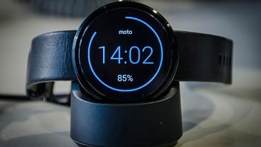 Moto 360 z Android Wear