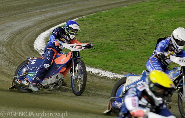 Zdjęcie numer 10 w galerii - Żużlowe Grand Prix w Toruniu. Zmarzlik mistrzem świata. Zobacz galerię zdjęć z toru i trybun