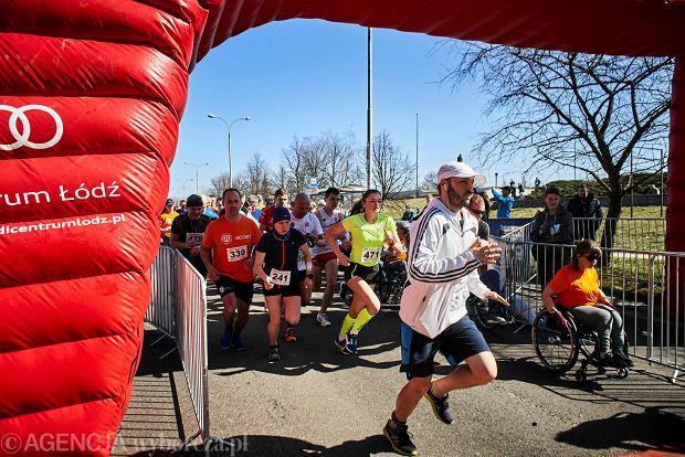 Zdjęcie numer 53 w galerii - Otwarcie sezonu biegowego w Łodzi.