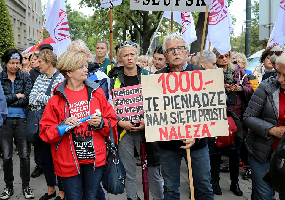 22.09.2018. Nauczyciele demonstrują w Warszawie