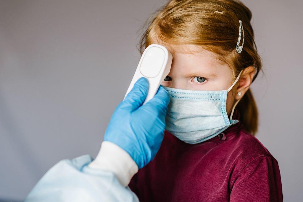 Koronawirus u dzieci. Jedna trzecia przechodzi bezobjawowo