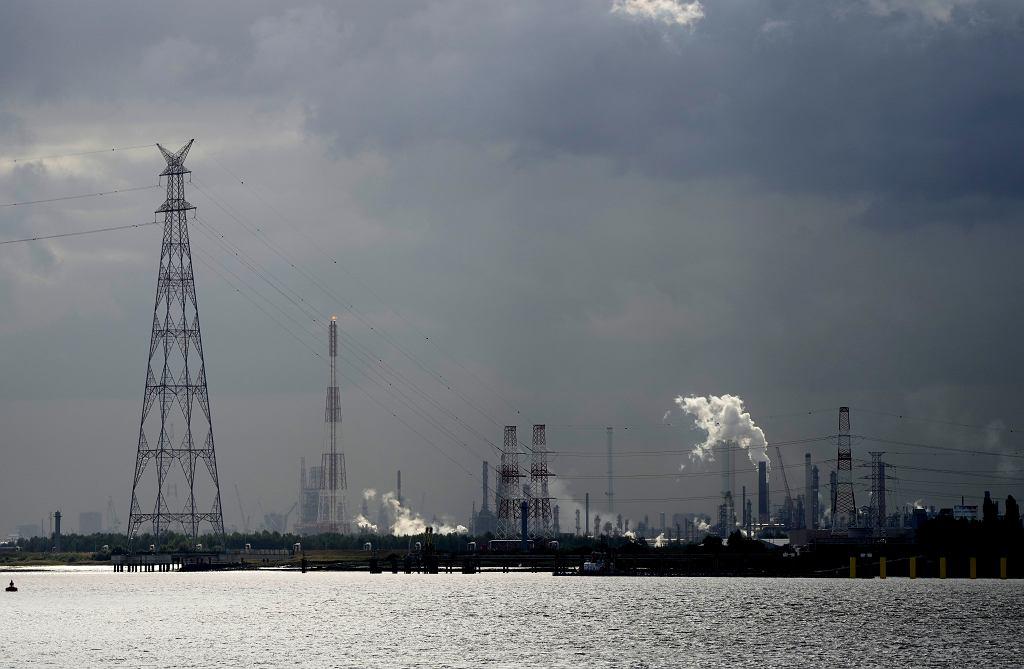 Kryzys energetyczny w Europie. Zdjęcie ilustracyjne: port w Antwerpii, Belgia.