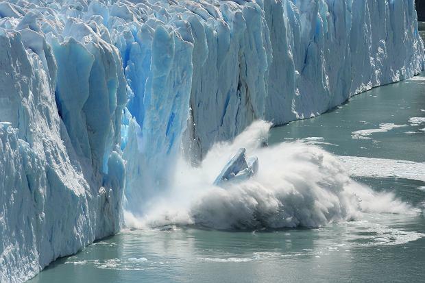 Nawet gdybyśmy teraz ucięli wszystkie emisje CO2, klimat będzie się ocieplał jeszcze przez długi czas (fot. Shutterstock)