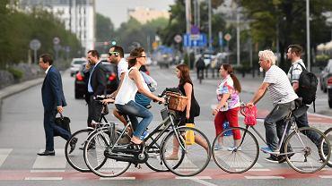 Upomnienia zamiast mandatów dla warszawskich rowerzystów. Miasto rozpoczęło nową kampanię