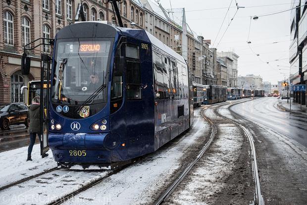 Zdjęcie numer 17 w galerii - Wrocław pod śniegiem. Zobacz zimowe zdjęcia z centrum miasta [FOTO]