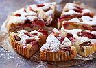 Jak zrobić ciasto z truskawkami? Przepis na podstawowe ciasto z truskawkami