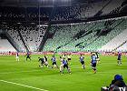 Włoski rząd zezwala na powrót do futbolu. Stawia jednak klubom warunek