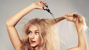 Lokówki do układania słowiańskich włosów nie powinny mieć temperatury wyższej niż 190 stopni C. Cieplejsze mogą im zaszkodzić