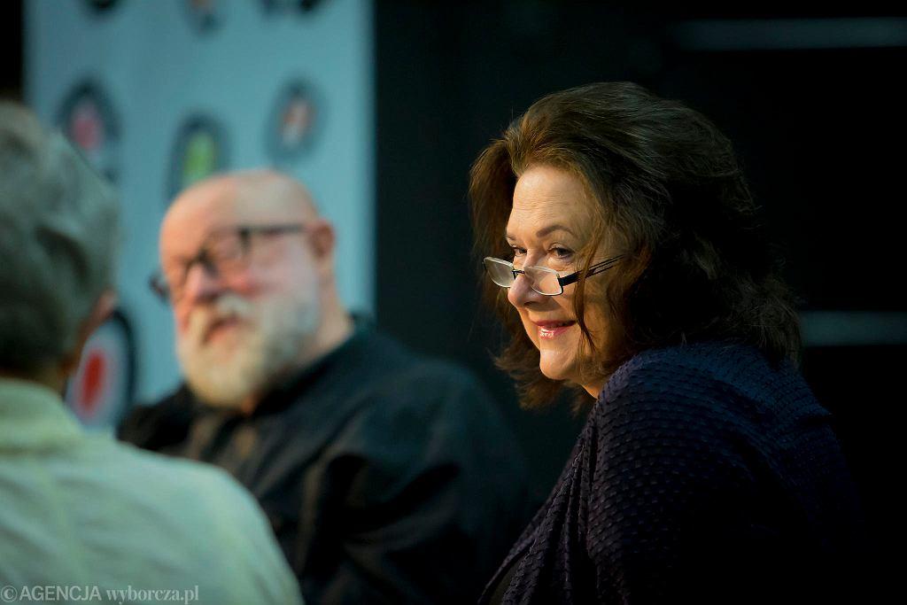 Profesor Jerzy Bralczyk i Jucyna Kirwil na spotkaniu z czytelnikami na festiwalu #będzieczytane w Ełku / RENATA DĄBROWSKA