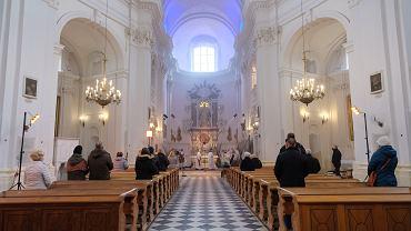 Joanna Scheuring-Wielgus: Kościoły powinny być zamknięte