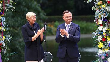 2.09.2017, prezydent Andrzej Duda wraz z małżonką podczas akcji Narodowego Czytania.