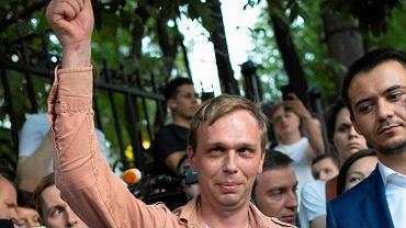 Iwan Gołunow chwilę po opuszczeniu Komitetu Śledczego 11 czerwca 2019 r. Został oczyszczony ze wszystkich zarzutów