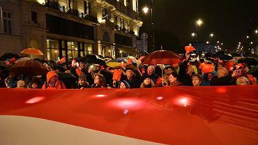 Demonstracja w obronie sądów przed Pałacem Prezydenckim, wrzesień 2017 (fot. Franciszek Mazur / Agencja Gazeta)