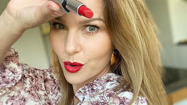 Paulina Sykut-Jeżyna w zaskakującej fryzurze. Fani porównali ją do Jennifer Lopez