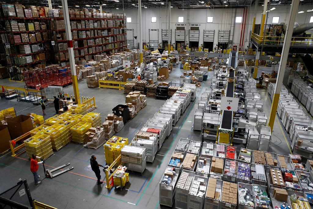 Amazon podnosi pensje w USA i Wielkiej Brytanii