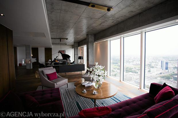 Apartamentowiec  Zlota 44