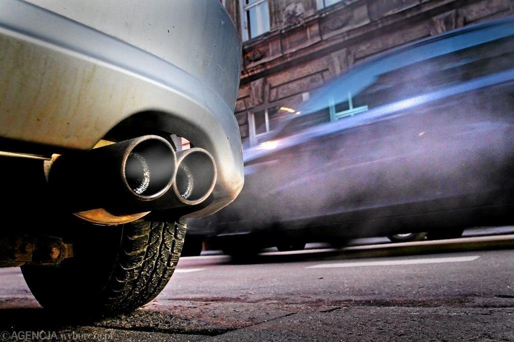 Auto. Zdjęcie ilustracyjne