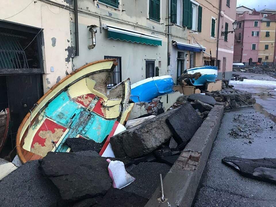 Skutki burz i wichur we Włoszech. Genua
