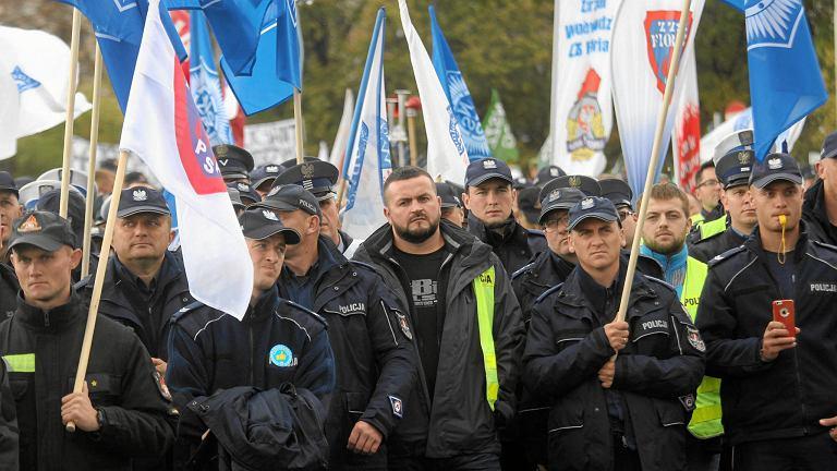 Demonstracja policjantów w Warszawie