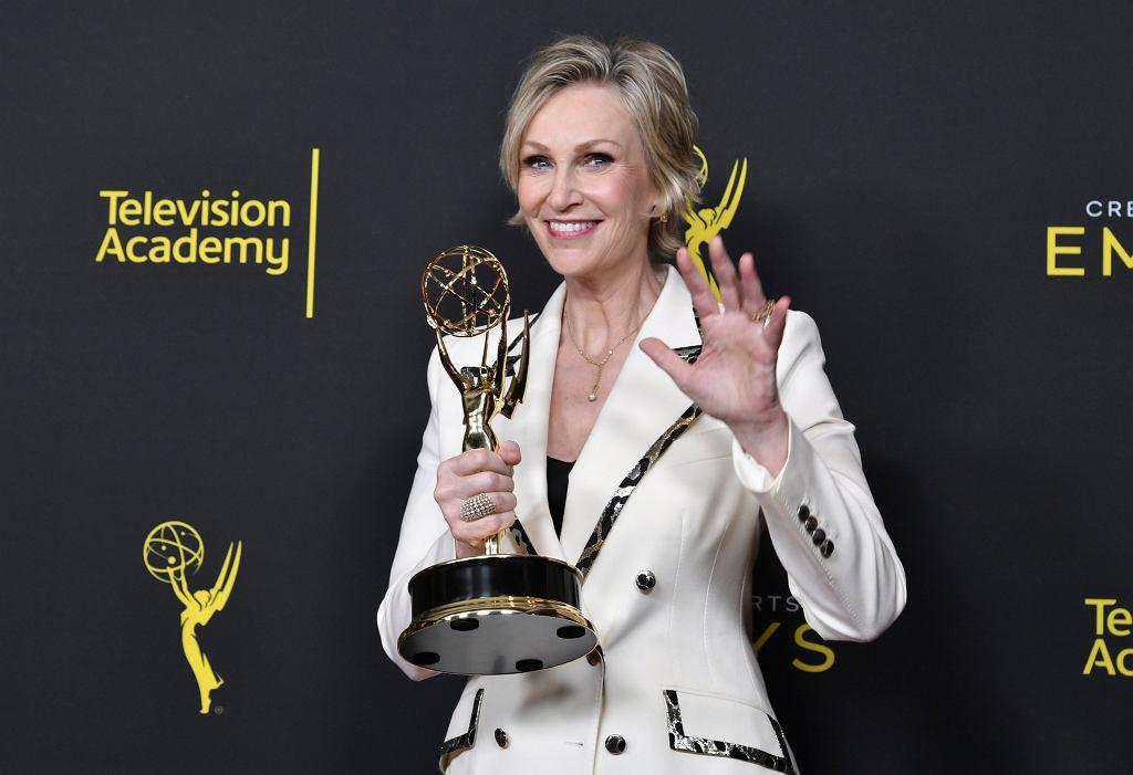 Jane Lynch z nagrodą Creative Arts Emmy Awards