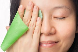 Skóra tłusta - jak ją rozpoznać i jak o nią dbać?