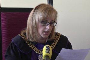 Sąd: córka radnej PiS winna zakłócania porządku, ale kary nie będzie