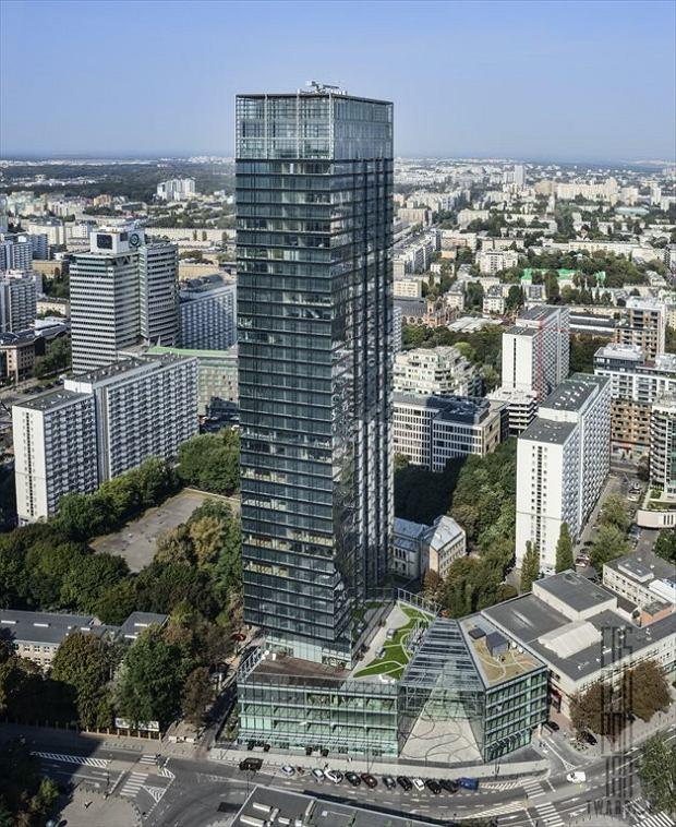 Budynek Cosmopolitan wyróżnia się ponadczasową prostotą