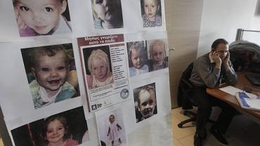 Zdjęcia zaginionych dziewczynek, wśród nich Maria odebrana romskiej rodzinie w Grecji
