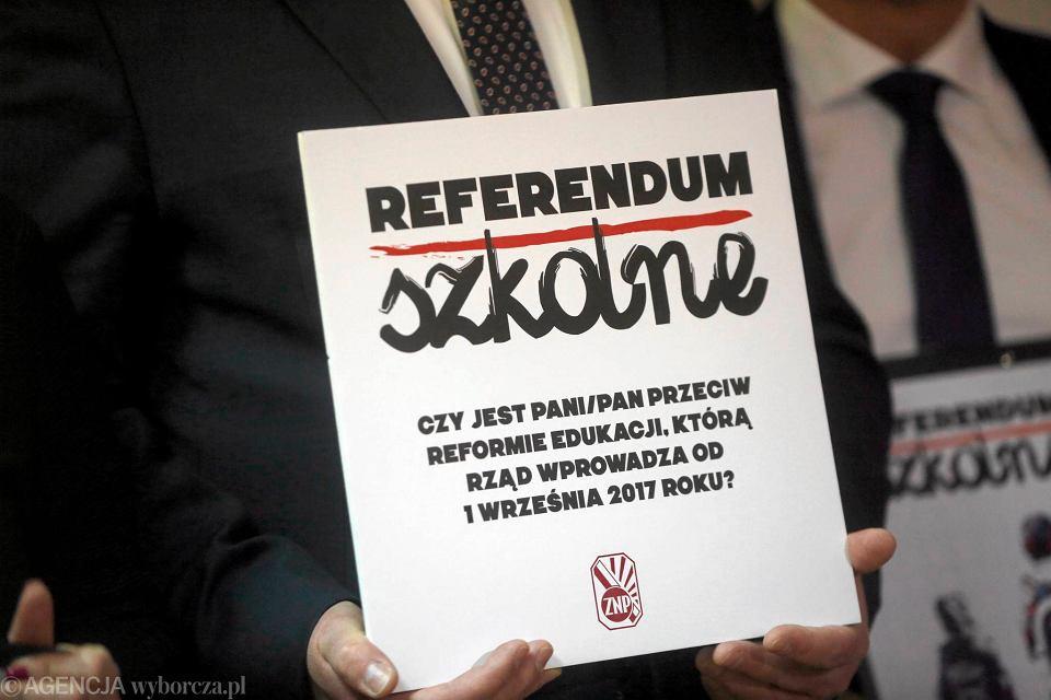 ZNP zebrało wymaganą liczbę podpisów pod wnioskiem o referendum w sprawie edukacji