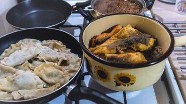 Potrawy wigilijne - lista obowiązkowych dań i jak się zabrać za przygotowania [PORADNIK]