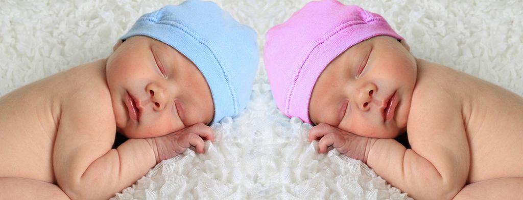 Bliźnięta z niemal identycznym DNA urodziły się w 2014 roku
