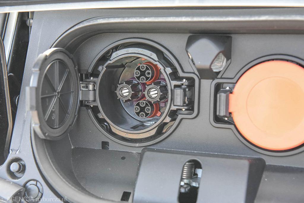 Zakup elektrycznych aut okazał się trudnym zadaniem.