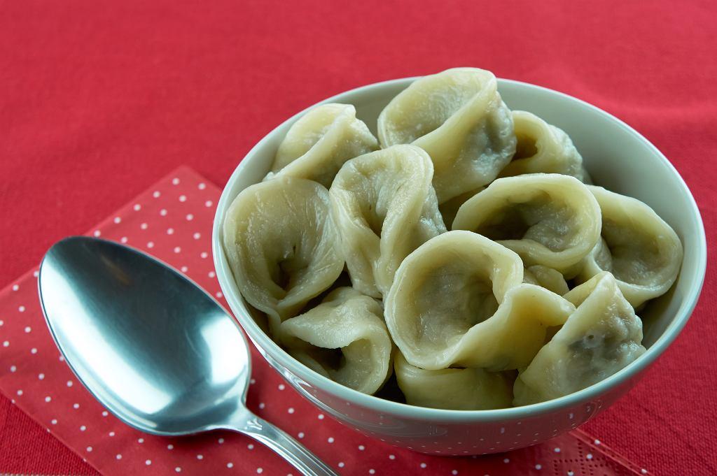 Kołduny to tradycyjne pierożki pochodzące z kuchni litewskiej
