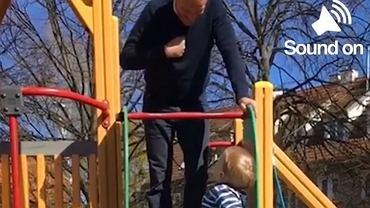 Donald Tusk z wnuczkiem