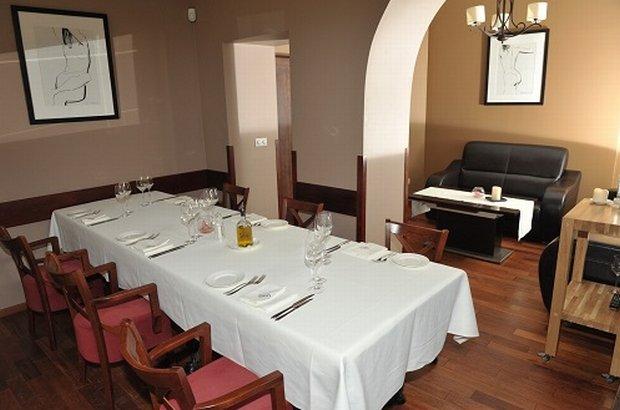 Salonik VIP w restauracji Sowa i Przyjaciele
