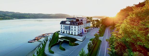 Heron Live Hotel