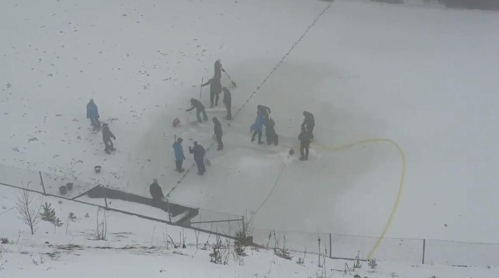 Prace na zeskoku skoczni w Oslo