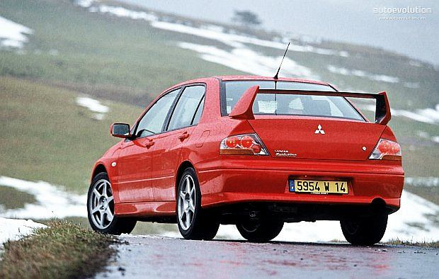 Pierwszy model Evo pojawił się w 1992 roku. Wyprodukowano 5000 egzemplarzy